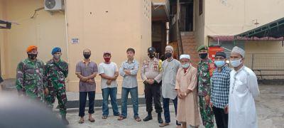 Ini Pesan Babinsa dan Tim Gabungan saat Komsos dan Sosialisasi Prokes di Jalan Teuku Umar