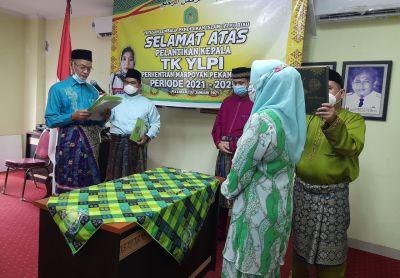 Ketum YLPI Riau Lantik Aprilisnawati Sebagai Kepala TK YLPI Perhentian Marpoyan