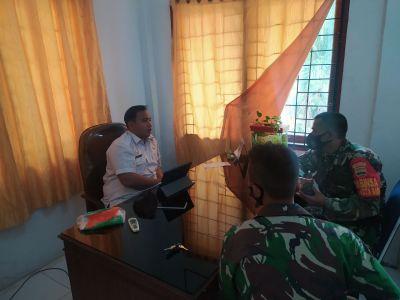 Komsos ke Lurah, Pelda Adi Yusuf Bahas PPKM dan Perkenalkan Rekan Baru di Kelurahan Kotabaru