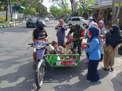 Serda Khairuddin Gelar Imbauan Prokes dan Bagi-bagi Masker