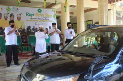 Unik, Pertama di Riau Ada Raye Drive Thru